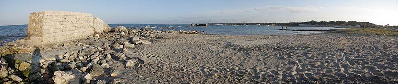 Resti del porto di Adriano (CC-BY- di Paride81)